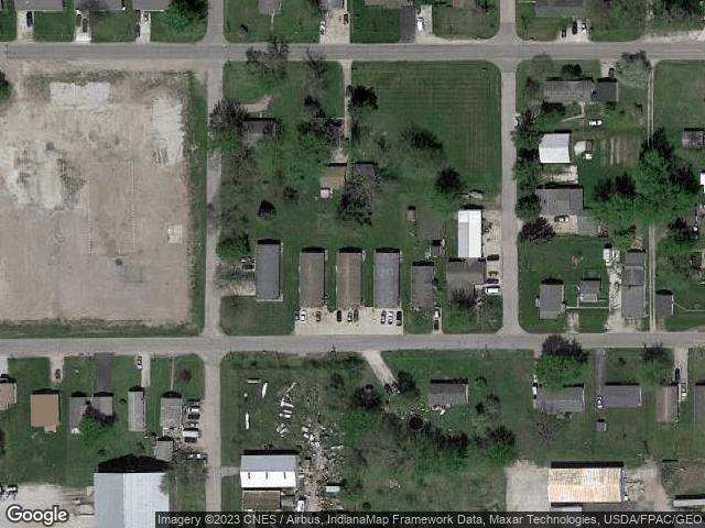 716 E Oak St #A, Rensselaer, IN 47978