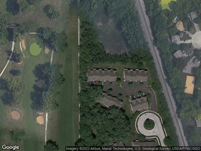 1883 Maplewood Ct, Grayslake, IL 60030
