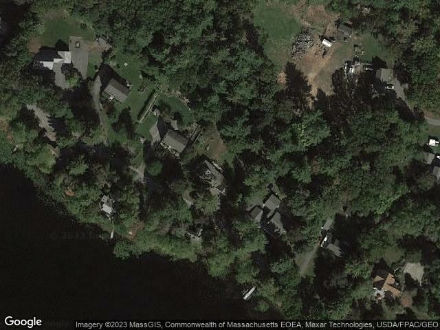 9 Lake Ave, Georgetown, MA 01833