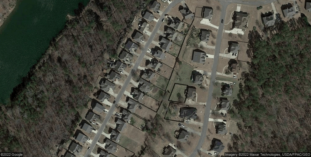 8729 Highlands Dr, Trussville, AL 35173