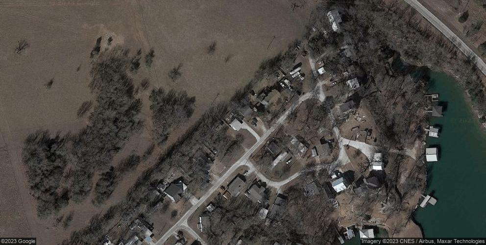 341 Northridge Dr, Gainesville, TX 76240