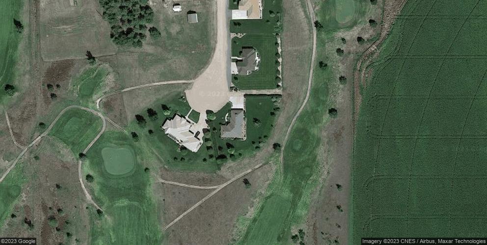 155 Pinehurst Ln, Ogallala, NE 69153