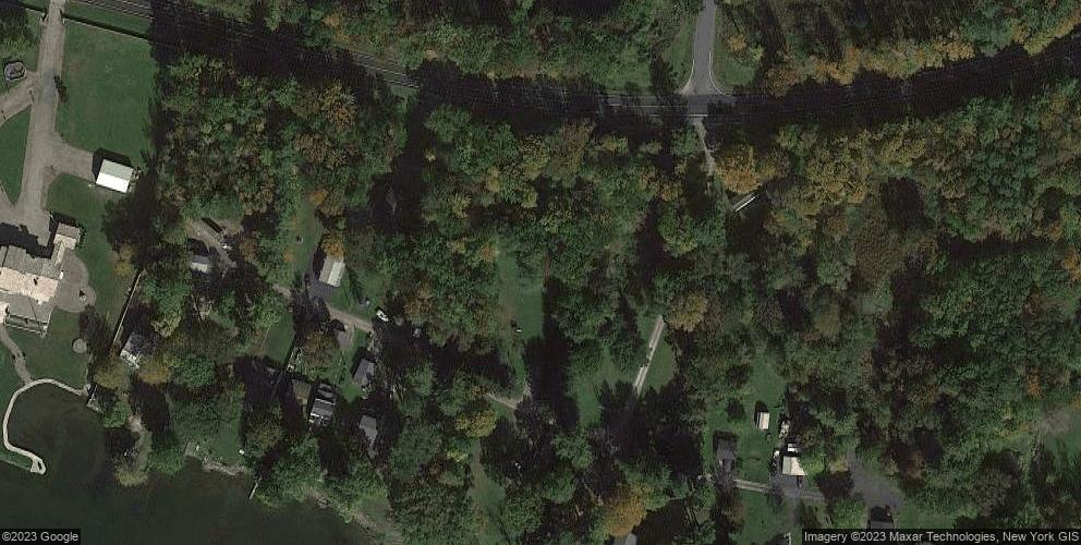 34 Ackerman Rd, Bernhards Bay, NY 13028