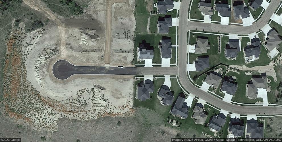 1521 High Creek Pl, Bismarck, ND 58503