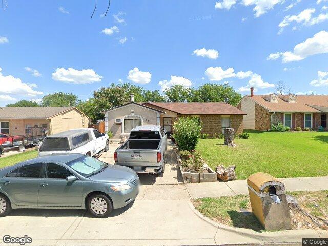 Photo of 827 Netherland Dr, Arlington, TX 76017