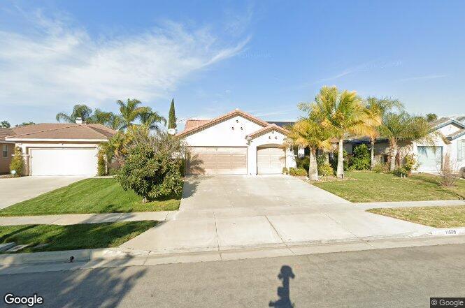 11509 Laurel Ave, Loma Linda, CA - 4 beds/2 baths