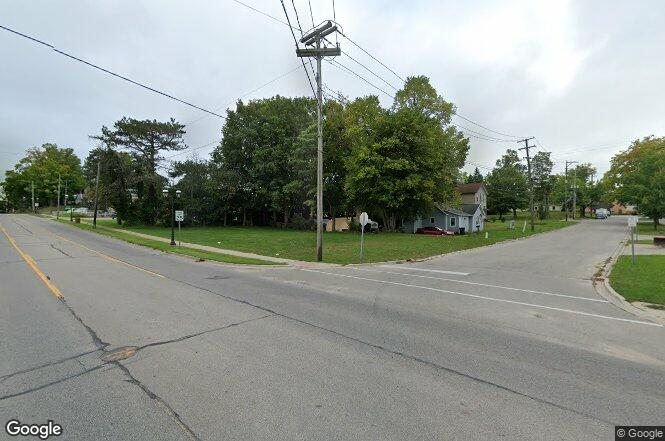 12 S Sullivan Ave Fremont Mi 49412 Mls 3371012 Redfin