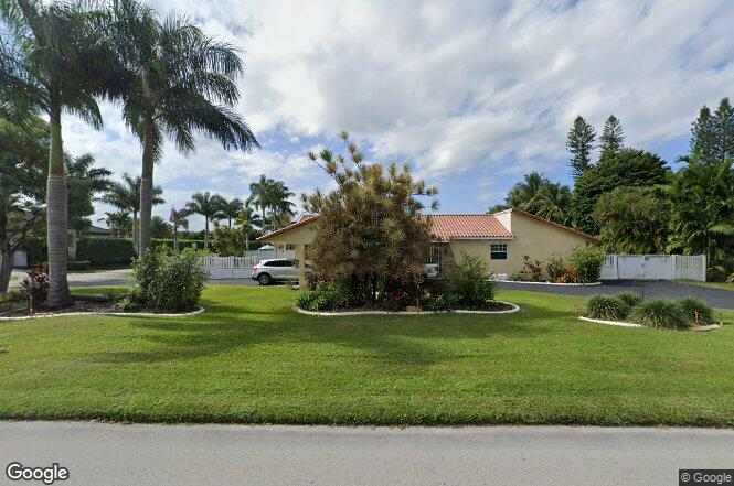 13304 NW 102nd Ave, Hialeah Gardens, FL 33018 | Redfin