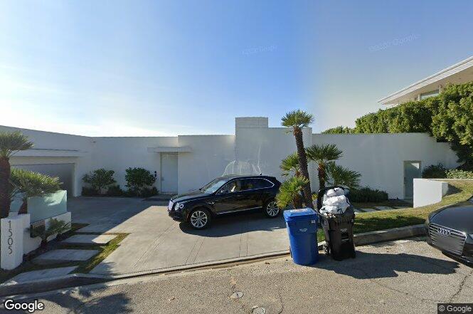 1505 Blue Jay Way Los Angeles Ca 90069 Redfin