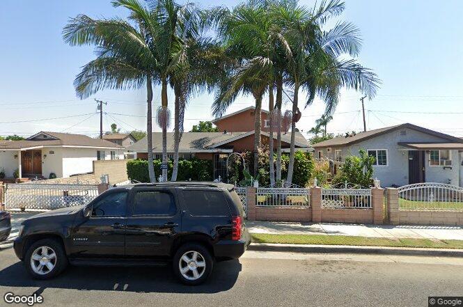21920 Clarkdale Ave Hawaiian Gardens Ca 90716 Redfin
