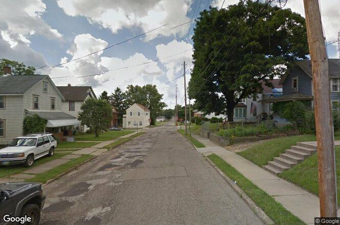 21st St Nw Barberton Oh 44203 Redfin