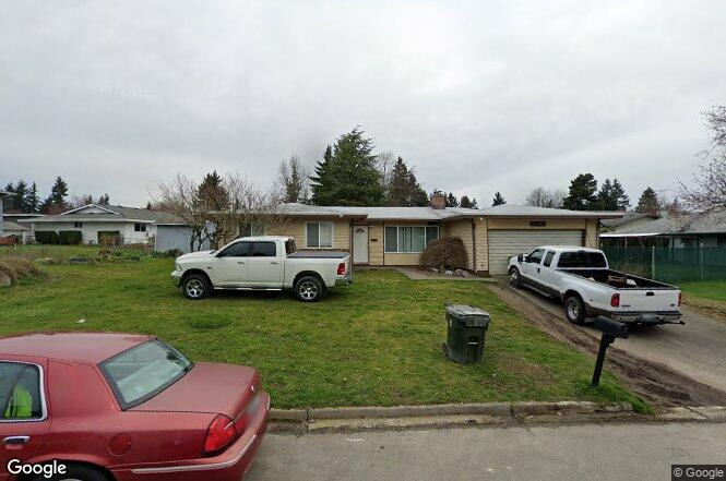 mobile home for sale in kent wa with 206916 on 207555 furthermore Rockingham likewise Bargain 123 Creations C729bwbc Stripes besides FrontWorkingsAction also 232180.