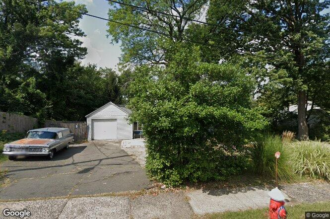 39 Forest Ave, Paramus, NJ 07652 | Redfin