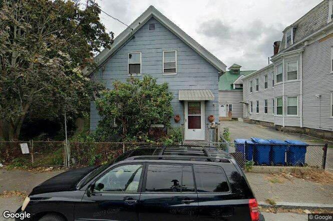 42 Holly St, Lawrence, MA 01841 | Redfin