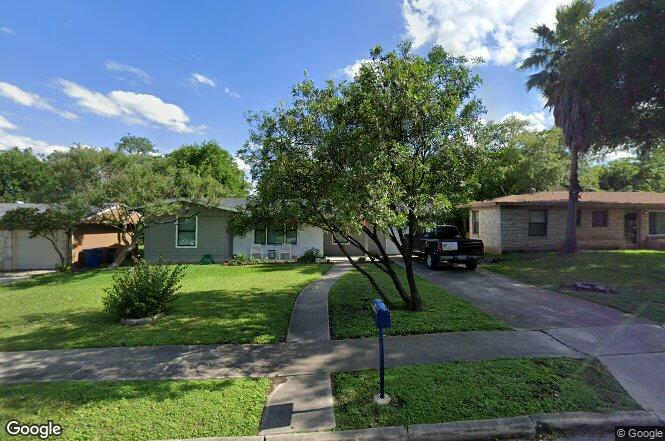 462 shannon lee st san antonio tx 78216 redfin for Lee signature homes