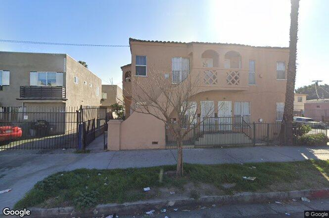 8330 S Figueroa St Los Angeles Ca 90003 Redfin