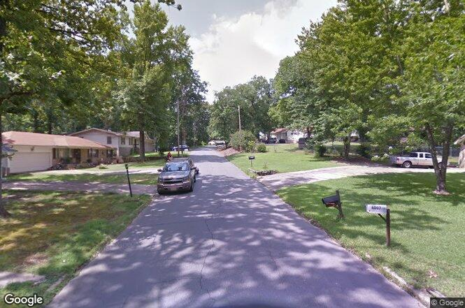 Ascension rd little rock ar 72204 redfin for Sharks fish chicken little rock ar