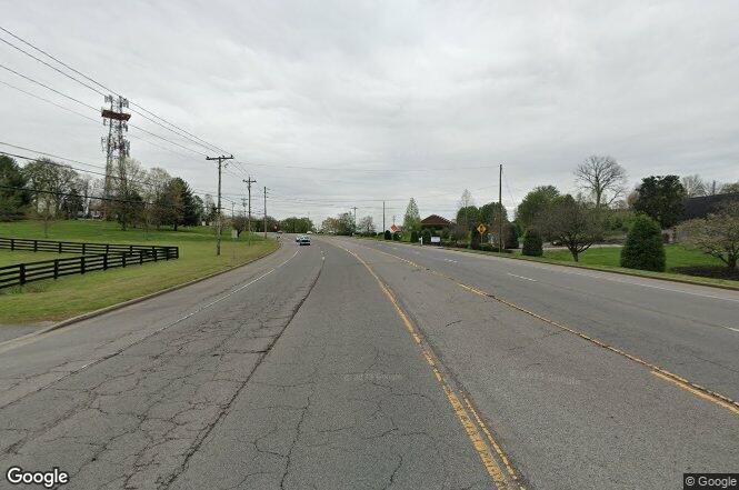 Murfreesboro rd franklin tn 37064 redfin for Signature homes franklin tn