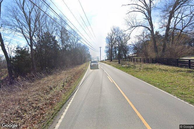 Old hillsboro rd franklin tn 37069 redfin for Signature homes franklin tn