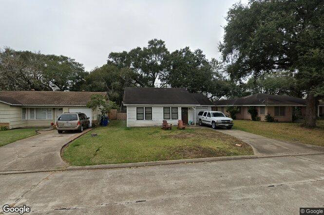 1208 Louise St, Rosenberg, TX 77471 | Redfin