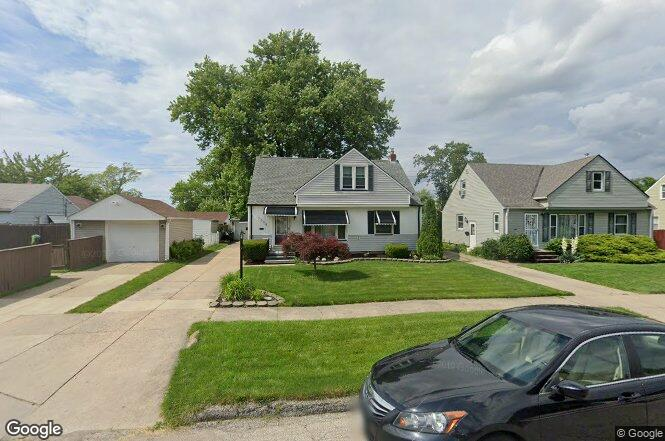1304 Meadowlawn Blvd Parma OH 44134