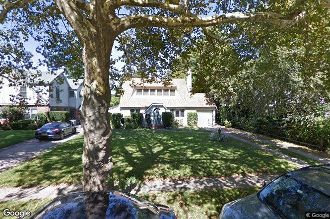 131 Garden St, Garden City, NY 11530 | Redfin