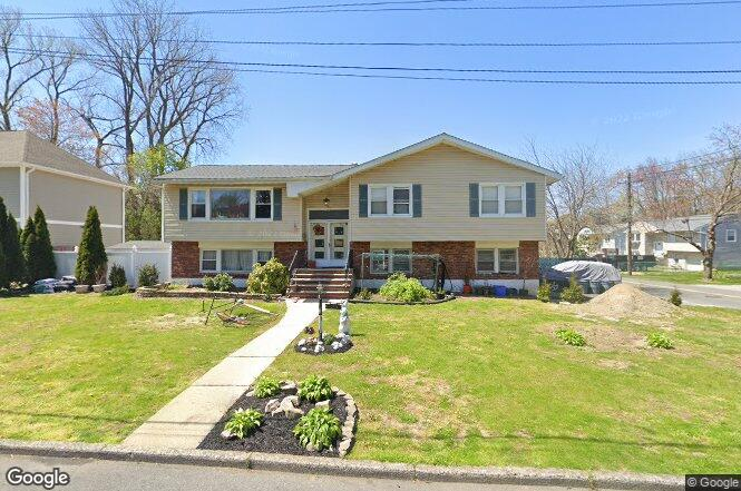 131 Halsey Rd, Yonkers, NY 10710 | Redfin