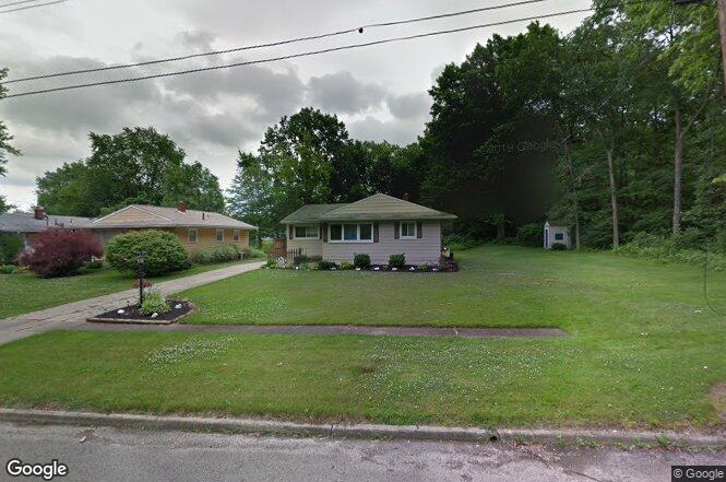 1323 Difford Dr, Niles, OH 44446   Redfin
