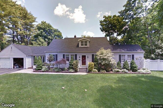 Not for Sale15 Parkway Gardens Blvd. Hauppauge, NY 11788