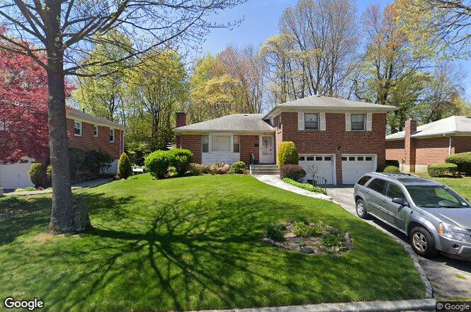 27 Eisenhower Dr, Yonkers, NY 10710 | Redfin