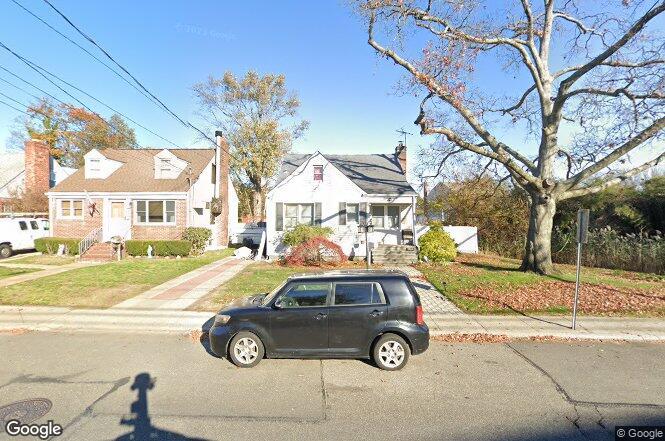 2775 Woods Ave, Oceanside, NY 11572   Redfin