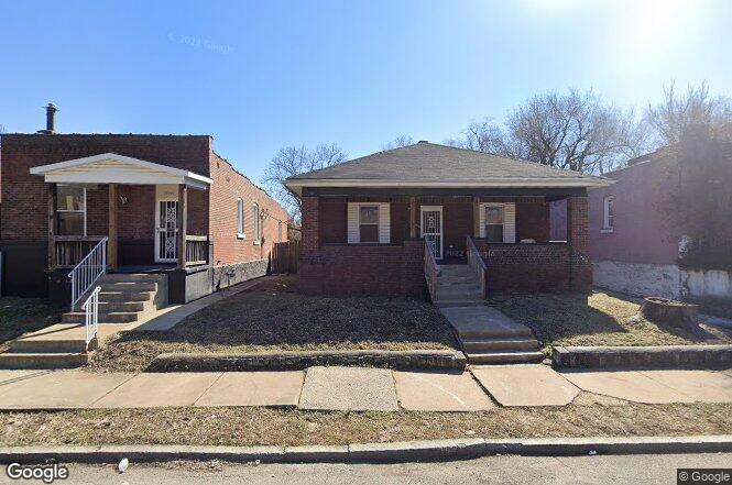3038 Rolla Pl St Louis Mo 63115 Redfin