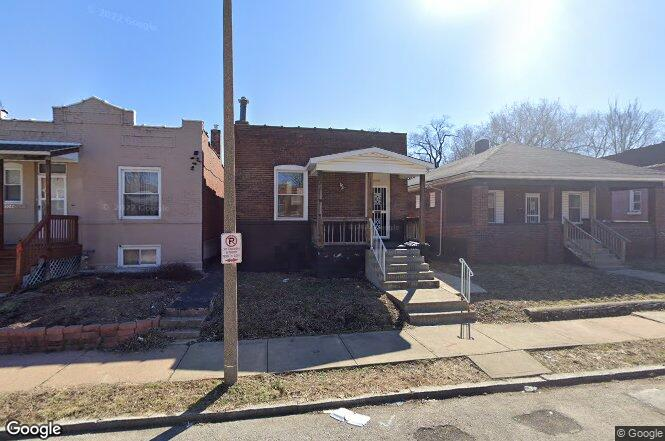 3040 Rolla Pl St Louis Mo 63115 Redfin