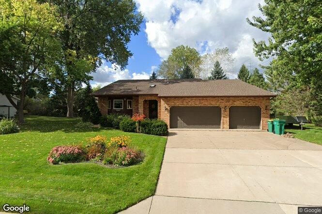 3047 Thunder Bay Rd Little Canada Mn 55117 Redfin