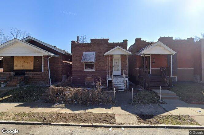 3048 Rolla Pl St Louis Mo 63115 Redfin