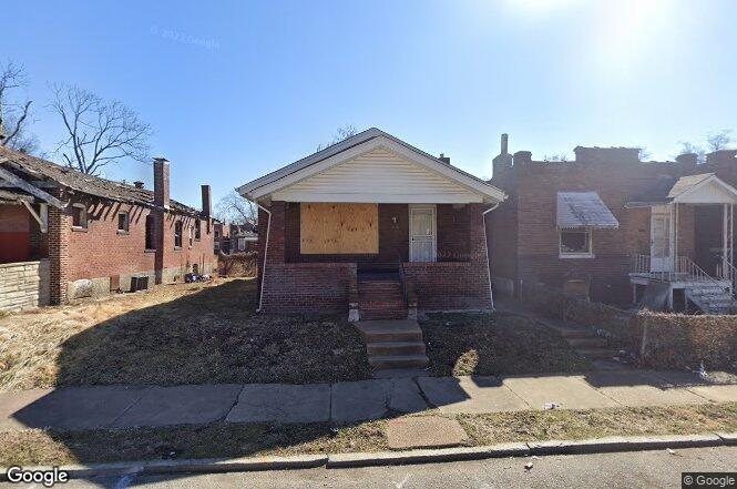 3100 Rolla Pl St Louis Mo 63115 Redfin