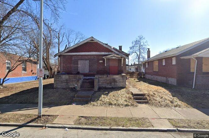 3102 Rolla Pl St Louis Mo 63115 Redfin