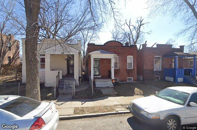 3110 Rolla Pl St Louis Mo 63115 Redfin