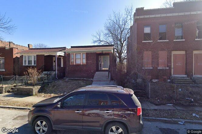 3122 Rolla Pl St Louis Mo 63115 Redfin