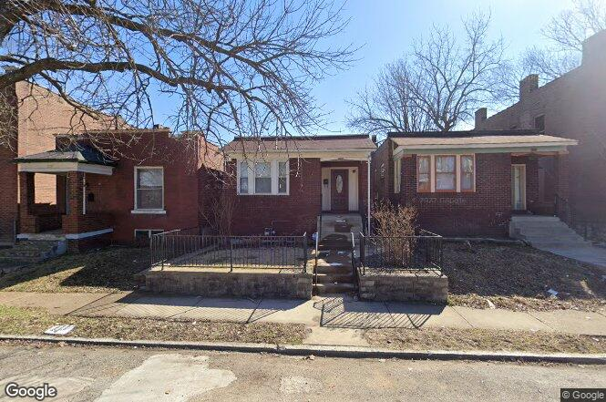 3126 Rolla Pl St Louis Mo 63115 Redfin