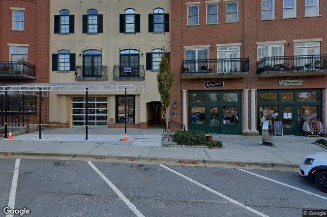 340 Town Center Ave Unit 209 Suwanee, GA 30024