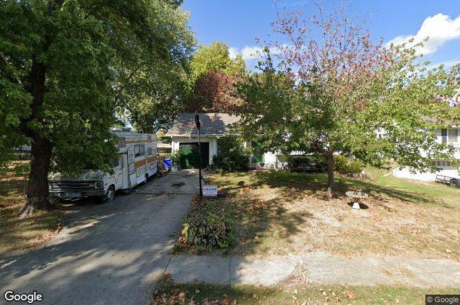 3402 NE 67th St, Kansas City, MO 64119   Redfin
