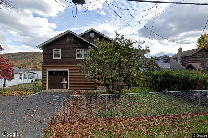 410 Jersey Ave Greenwood Lake Ny 10925 Redfin