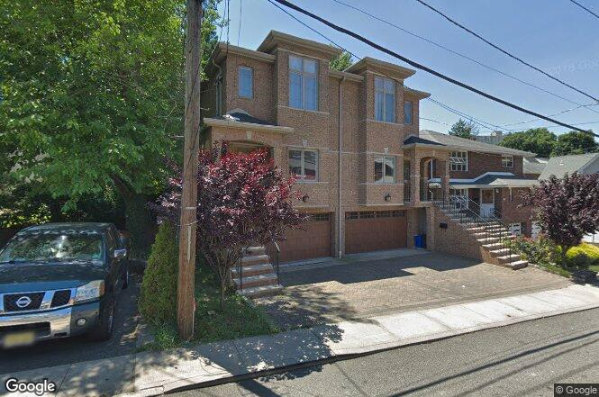 446 catherine st fort lee nj 07024 redfin for Lee signature homes