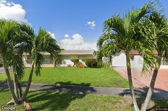4935 NW 182nd St, Miami Gardens, FL 33055 | Redfin