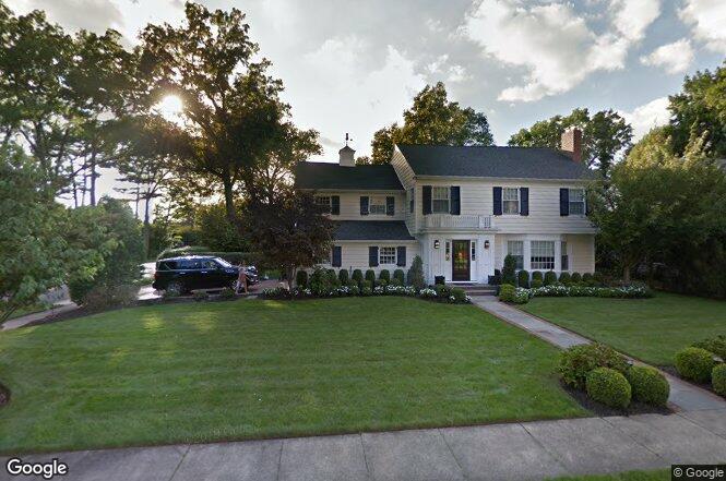 52 Brompton Rd, Garden City, NY 11530   Redfin
