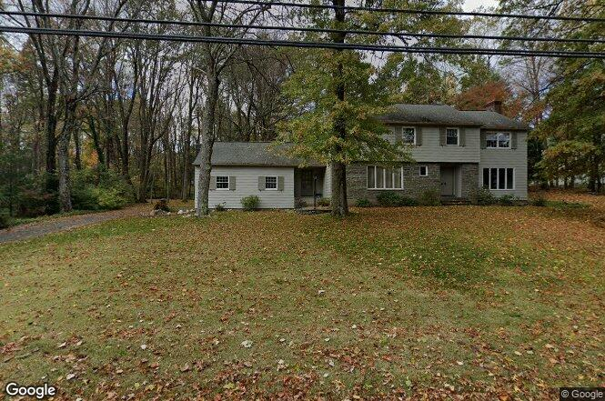 70 Beacon Hill Dr, West Hartford, CT 06117 | Redfin