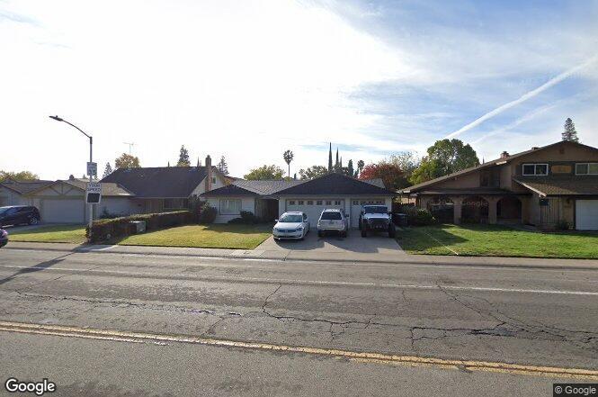 8060 La Riviera Dr Sacramento Ca 95826 Redfin