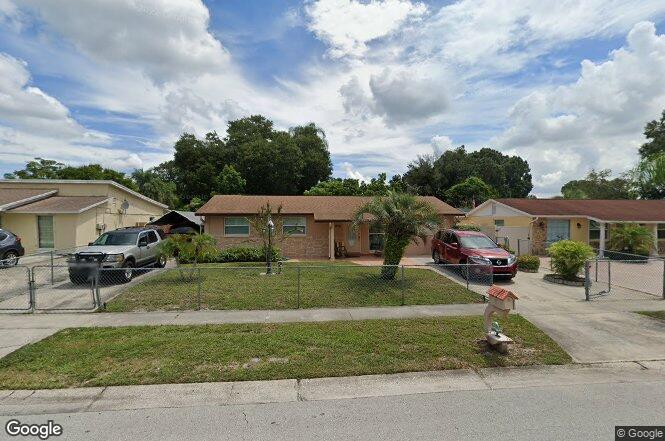 8307 Galewood Cir Tampa FL 33615