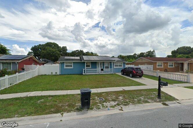 8356 Galewood Cir Tampa FL 33615
